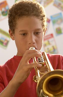 child-trumpet